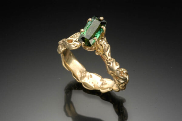 Trellis ring