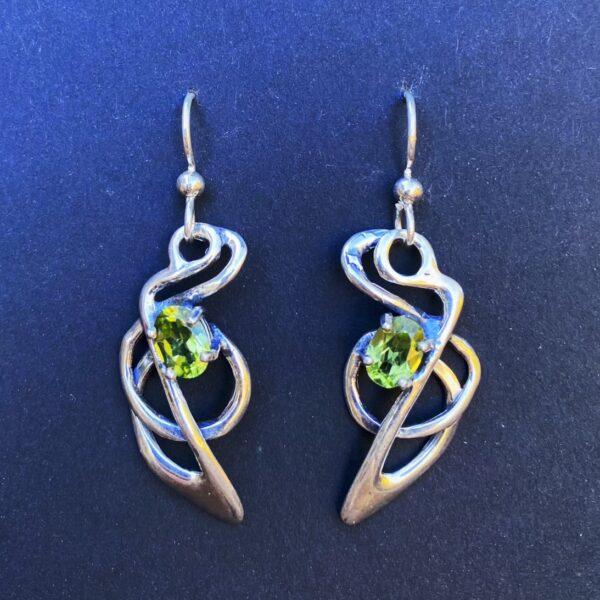 Squid earrings-stones